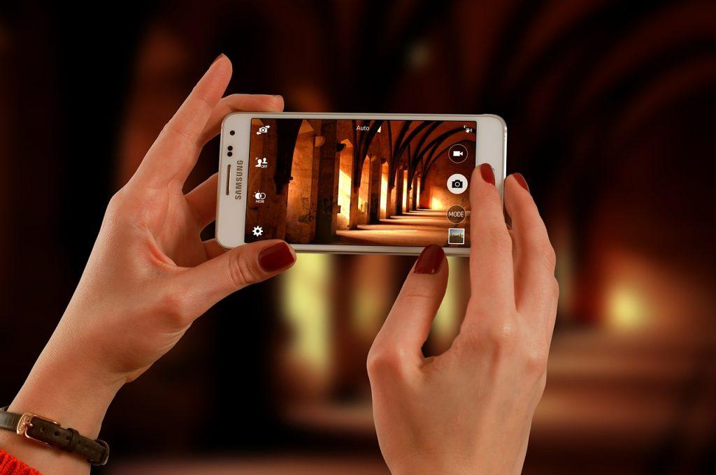 Features of LG Optimus 2X, Samsung Galaxy S 11, HTC sensation