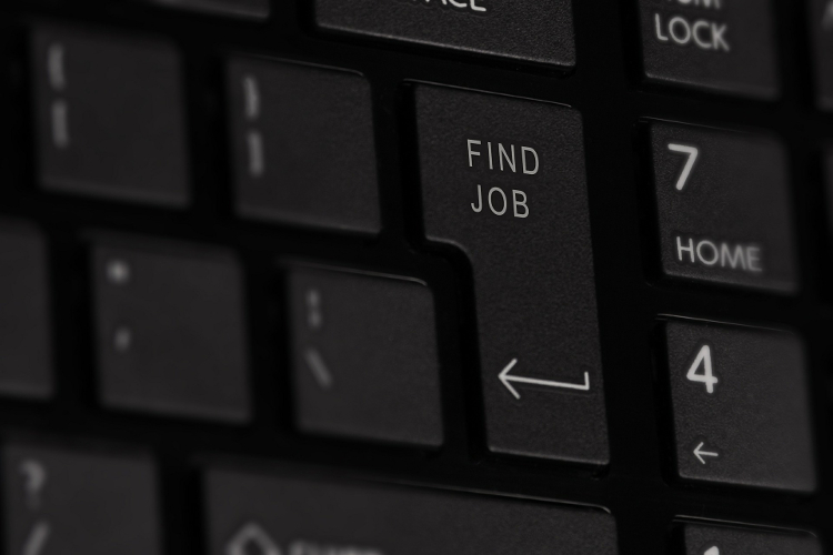 7 Best Tips for Finding the Right Job